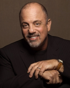 Billy Joel. Crédito: Glee Notes
